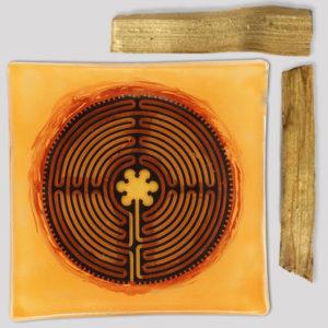 palo-santo-orange-maze